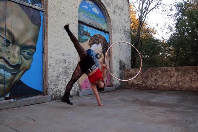 Sarah Cappuccitti makes hula hooping look easy.